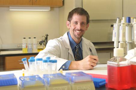 Dr. Schneider in Lab